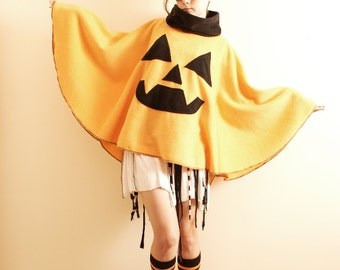 PumpkinPatchPoncho (Open Size)