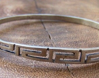 Silver Metal Petite Bangle Cut Out Design Snap Closure Unsigned