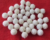 Free Shipping 15 mm Bumpy Bead/White Berry Bead/Bubblegum Beads/Pearl Berry Bead/Acrylic Bead 60 pcs