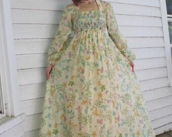 Vintage 70s Maxi Dress Hippie Floral  Smocked Long Romantic S XS