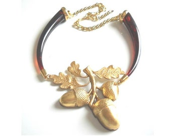 Gold Acorn Woodland Necklace, Amber Vintage bib Statement Necklace, Retro style