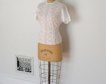 Vintage 50s Blouse - 1950s Embroidered Top - The Joanne