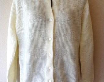 Vintage cream-colored 1960s Orlon Acrylic sweater womens size small NWT