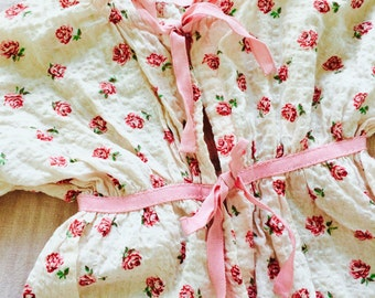 Vintage 1930s Baby Dress/Vintage Baby Clothes/Shabby Pink Roses/Ribbon bows