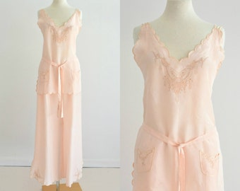 Vintage 1930s Hollywood Style Silk Pajamas...Beautiful Pale Peach Silk Lounge Set Lingerie Large