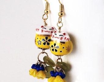 Happy Cat Earrings - Sunny Yellow Beads, Maneki Neko Beckoning Cats, Sapphire Blue, Lemon Flowers, Czech Glass Beads