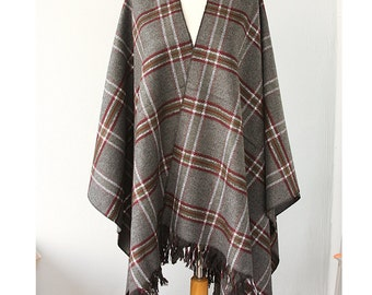 Plaid poncho Grey gray blanket cape Tartan poncho Oversized wrap scarf Winter outerwear Plaid winter cape Christmas gift Holiday gift idea