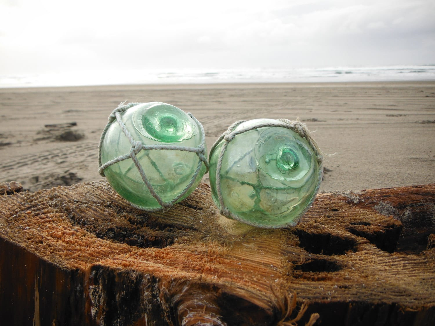 Japanese glass fishing floats two 2 4 by glassfloatjunkie for Japanese fishing floats