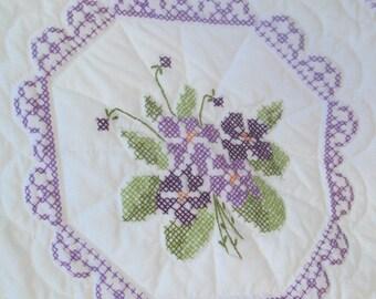 Vintage Lavender Cross Stitch Quilted Single Bedspread