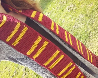 Harry Potter-inspired Crocheted House Scarf