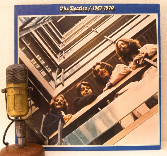 "The Beatles 2LP Vinyl Record Album ""The Beatles / 1967 - 1970"" (1973 Apple Records w/""Hey Jude"", ""Lucy In The Sky With Diamonds"")"