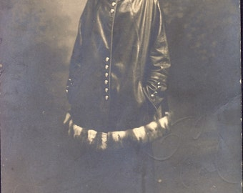 Woman In STYLISH LEATHER Coat with FUR Trim in 1916 Photo Postcard