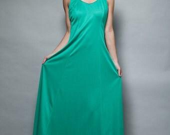 green maxi dress vintage 1970s long flare skirt sleeveless hostess tank L LARGE