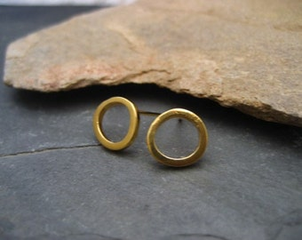 Circle studs, circle earrings, gold open circle, round studs, minimalist earrings, simple circle, everyday studs, round posts