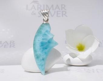 Larimarandsilver pendant, Blue Crab - sea blue Larimar claw, water blue, turtleback, teal, sea monster, aquamarine, handmade Larimar pendant