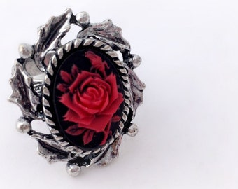 Red rose cameo ring, victorian gothic jewelry, elegant romantic rose ring
