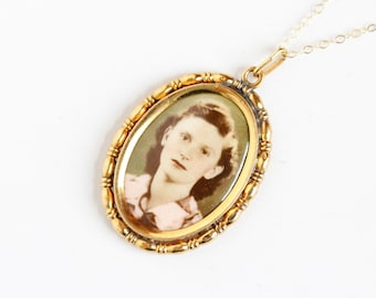 Vintage Art Deco Photographic Pendant Necklace - 1930s 1940s WWII Era Germany Old Stock Gold Filled Historical Celluloid Picture Jewelry