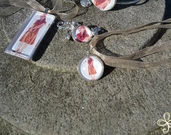 Clio Pendant Necklace (small)
