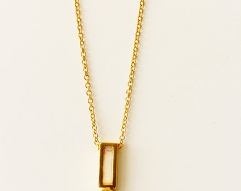 Diamond necklace gold, small diamond necklace, delicate diamond necklace, real gold necklace, dainty diamond necklace, gold line pendant
