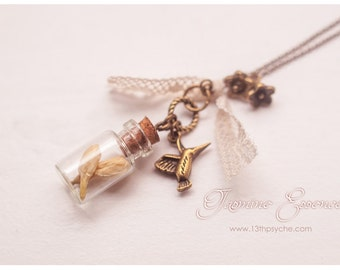 Jasmine bottle necklace, Dried flowers bottle Necklace Flower necklace, Glass Bottle Pendant, Miniature terrarium jewelry, necklace for girl
