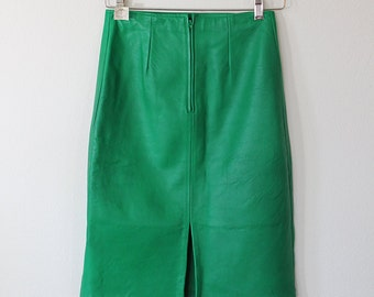 Green Leather Pencil Skirt // I Magnin Firenze // 1980s // Size Small
