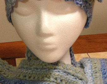 Variegated Blue Women's Hat and Scarf