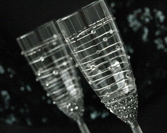 Wedding Glasses, Toasting Glasses, Champagne Flutes, Champagne Glases, Hand Painted, Set of 2