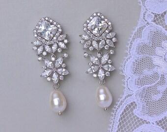 Chandelier Earrings, Crystal Bridal Earrings, Silver, Gold, Rose Gold Earrings, Chandelier Earrings, LISA  TP