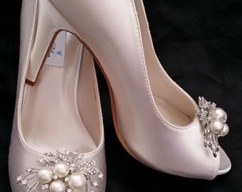 Ivory Wedding Shoes White Wedding Shoes Bridal Shoes Peep Toe Wedding Shoes Cascading Brooch -  Over 100 Colors To Pick From