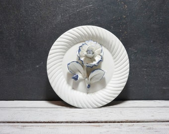 Blue and White Capodimonte Rose Plate