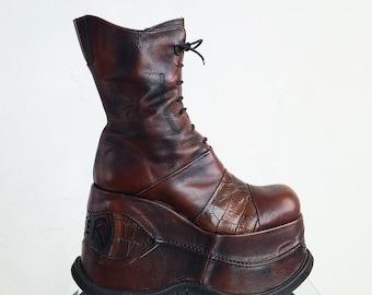 90's Bunker Mega Platform Brown Patchwork Leather Wedge Ankle Boots // 10