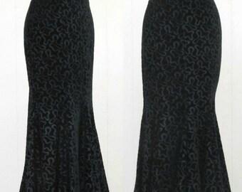 Vintage 1980s Skirt / 80s Norma Kamali Black Velvet Goth New Romantic Mermaid Skirt / Medium