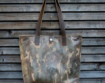 Leather tote bag / shoulderbag made from printed nubuck and oiled leather handles