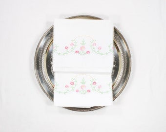 Vintage Pillowcases - Pink Daisy Flower Embroidery with Green Leaves and Vines -  Heavy Cotton Tubing - Pillow Case Pair with Daisies