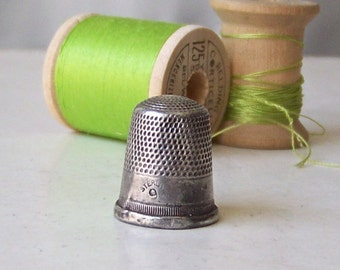 Vintage Sterling Silver Thimble Size 9 Quilting Sewing Thimble Sewing Room Thimble Collector Gift For Mother Ca. 1920