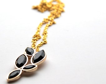 black leafs necklace- fake stone necklace