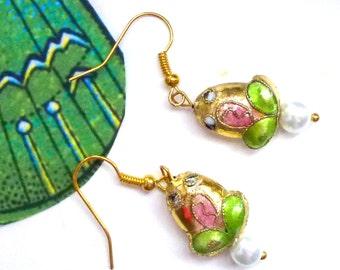 pearl frog earrngs