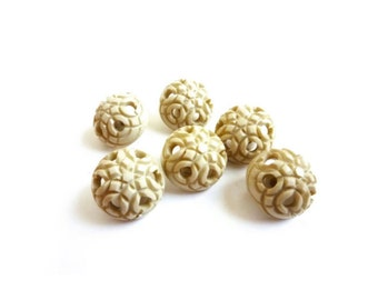6 Beige Buttons, Ivory, Rosette, Plastic