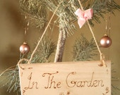 Personalised / Personalized Gift, Gardener's hanging sign Pyrography engraved  In The Garden, shabby chic garden plaque