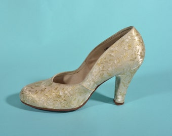 1940s Gold Brocade Wedding Shoes - Gold Pumps - Bridal Fashions - Size 8