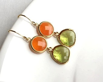 Orange and Green Earrings. Gold Earrings. Orange Jewelry. Apple Green Earrings. Bridesmaid Earrings. Bridal Jewelry. Green Jewelry. Wedding.
