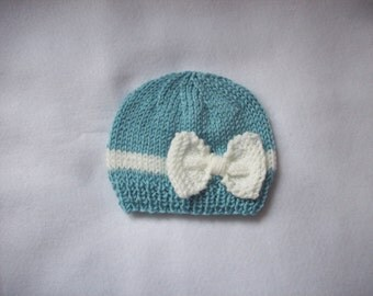 Newborn photo prop, lovely  beanie with a large bow, newborn girl, newborn knit hat, newborn props, newborn hat, baby knit hat, newborn