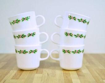Vintage Corning Christmas Holly Coffee Mugs: Set of Six