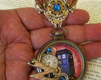 SALE-Doctor Who Pocket Watch Brooch (Pin514) - 3D Artwork in Pocket Watch Case - TARDIS - Gears and Clockface - Crystals and Lightning Bolt
