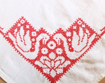Assisi Embroidered Red Swan Square Tablecloth