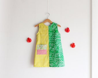 Girl's summer sleeveless smock. Size 4 years. Fresh, cotton and softened linen. Made in Italy. Ready to ship.