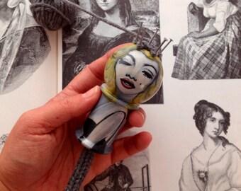 Marilyn Monroe: Spool Knitter, Knitting Nancy