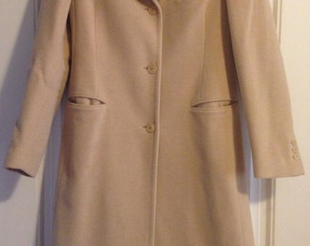 Gorgeous vintage soft wool-angora-cashgora blend Luciano Barbera coat, perfect for winter!