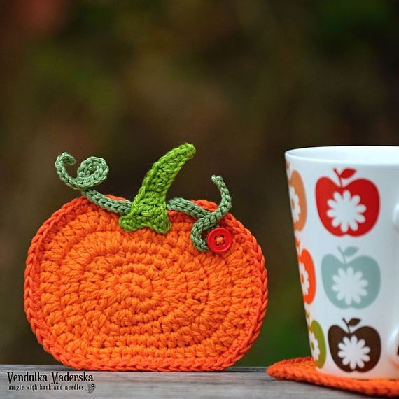 Crochet pumpkin coaster pattern DIY