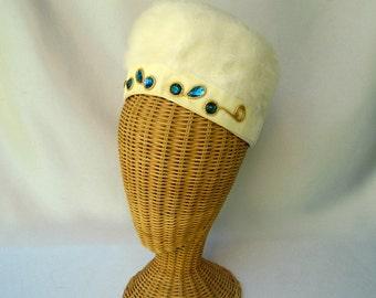 Vintage Ladies Hat Mr. John Jr. Beaded Cream Fur Felt Toque